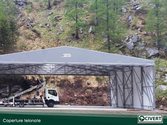 coperture telonate in un cantiere svizzero